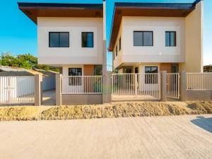 Southview Homes Calendola